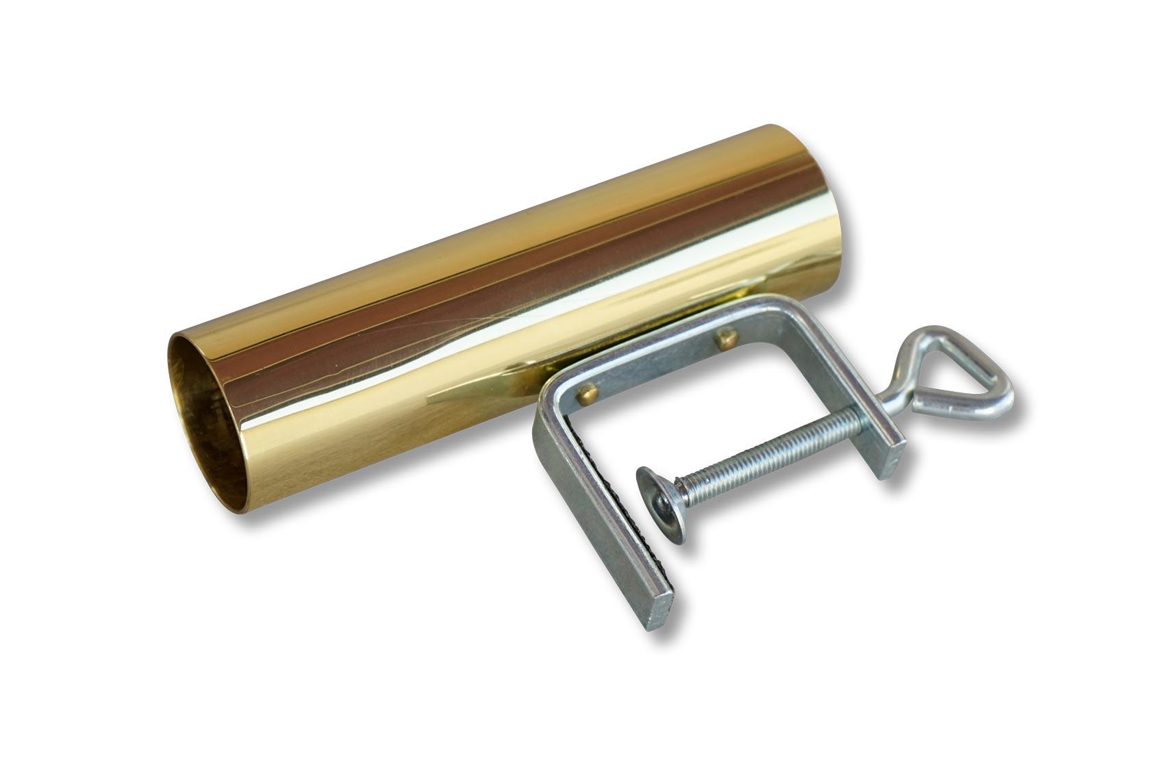 Messinghülse mit angenieteter Schraubzwinge zum Befestigen an einer Tischplatte. In die Messingschaft kann die Stange eines Vereintaferl gesteckt werden.