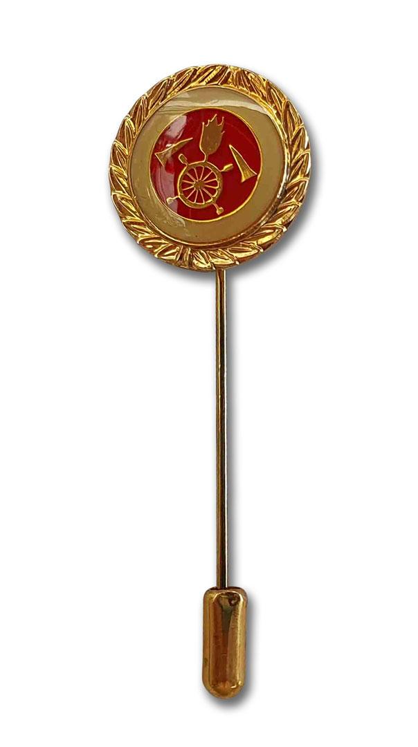 Metallabzeichen gold für Feuerwehr mit langer Nadel und Nadelsicherung