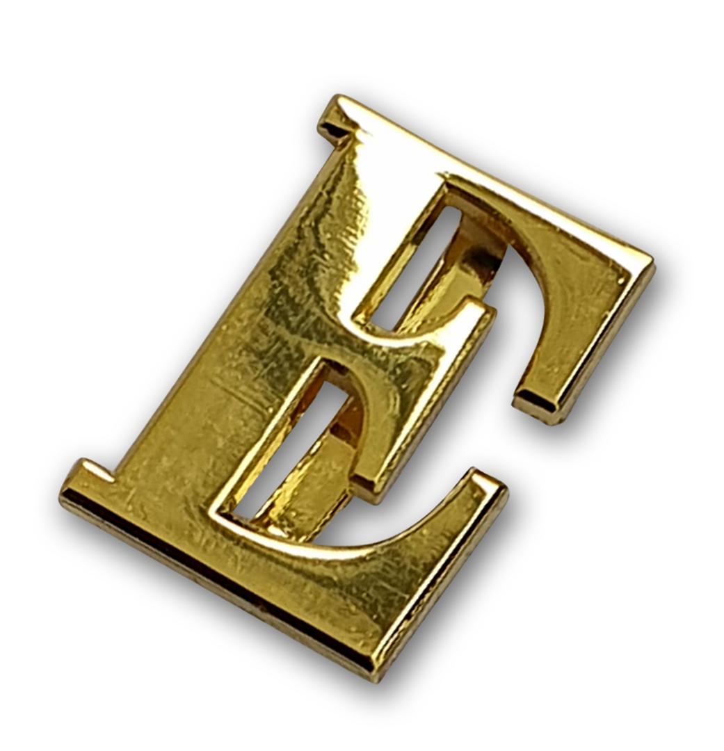 Goldener Buchstabe E für Schulterstück