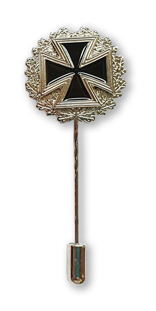 Eisernes Kreuz Metallabzeichen mit langer Nadel und Nadelsicherung in silber