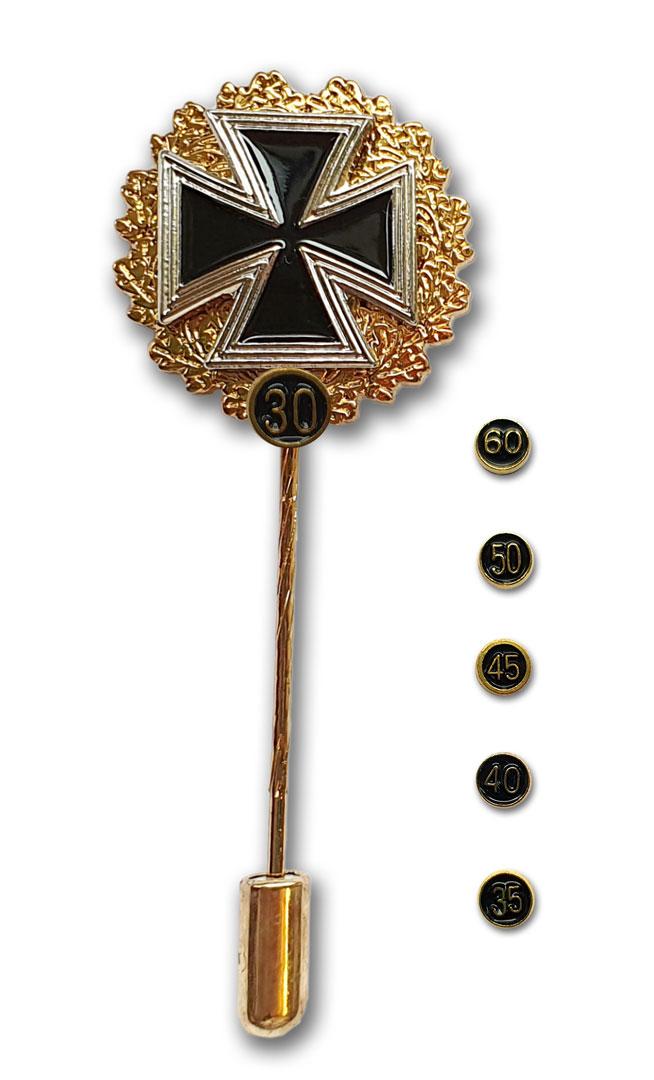 Eisernes Kreuz mit Goldkranz und Zahlen